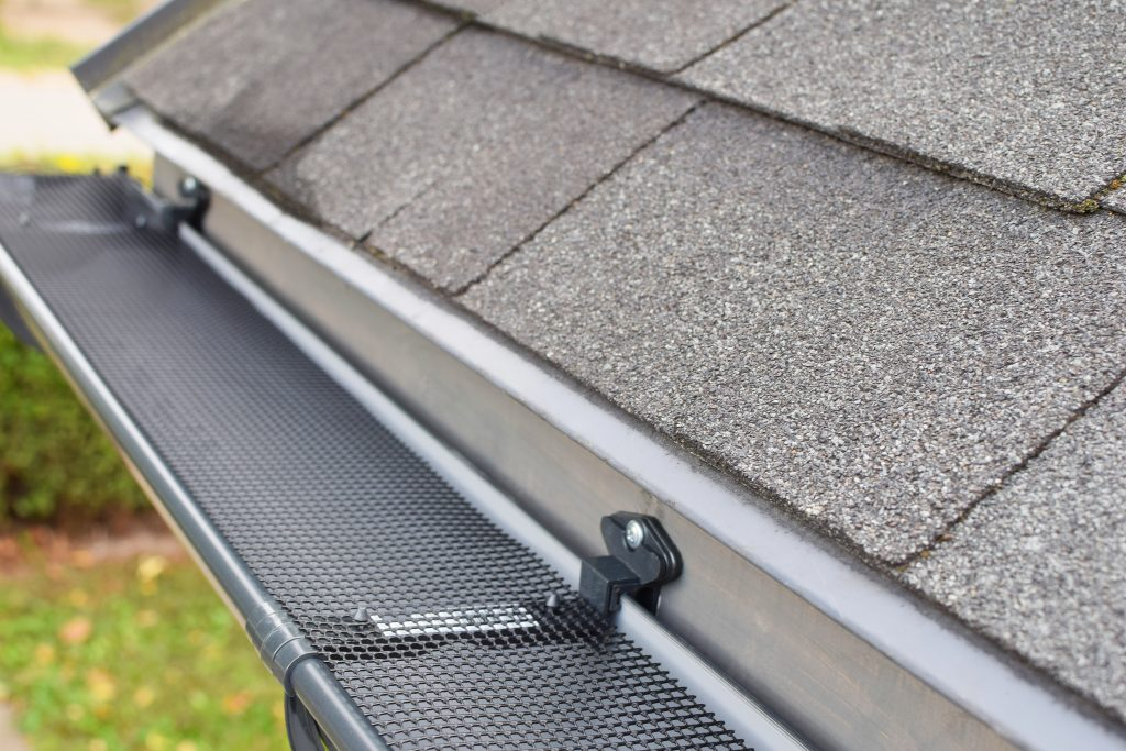 Getting rid of mosquitoes with gutters